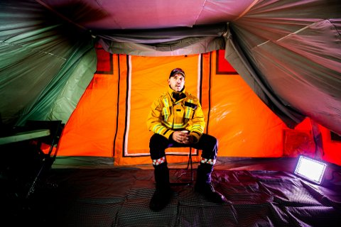 DRAMATISK FORTELLING: Innsatsleder Kenneth Wangen i brannvesenet deler de dramatiske historiene fra den første tiden etter skredet i Gjerdrum.