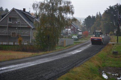 Aurskog-Høland kommune skal ansette en som blant annet får i oppgave å vedlikeholde kommunale veier.