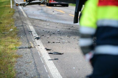 En person er bekreftet omkommet etter den alvorlige ulykken på Kompveien.