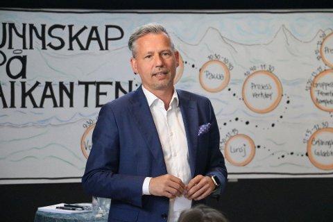 Bård Anders Langø har fått innvilget søknaden om tre måneders etterlønn, etter reglene som er bestemt av kommunestyret.