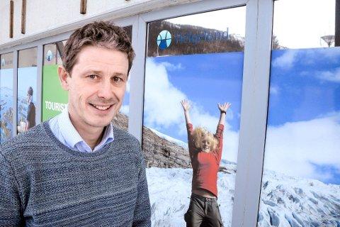 REISELIVSSJEF: Torbjørn Tråslett i Visit Helgeland syns lite om at Helgeland blir uten reiselivsutdanning fra neste høst.