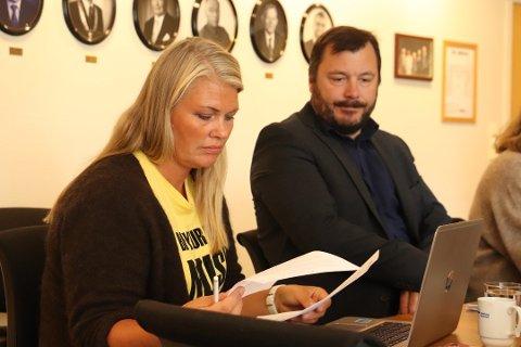 Kommunalsjef Kirsten Toft holdt onsdag en orientering for formannskapet om millionoverskridelsene i Tjenesten for funksjonshemmede.