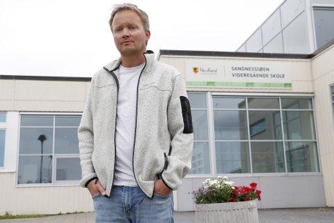 Rune Lie-Gjeseth ved Sandnessjøen videregående skole mer bekymret for at elevene ved skolen får økt udokumentert fravær.