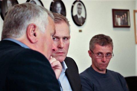 Rådmann Børge Toft ber formannskapet i Alstahaug kommune godkjenne at kommunen ber Helgeland Kraftlag om et ekstraordinært utbytte på 12 millioner etter salget av Helgeland Invest.