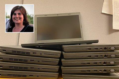 KJÆRKOMMENT: Rektor ved Søvik oppvekstsenter, Karine Dalen, forteller at de ti nye datamaskinene var en kjærkommen gave.