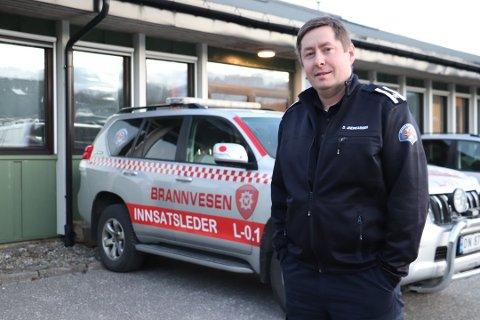RÅD: Brannsjef for Alstahaug, Leirfjord og Dønna, Dagfinn Ness Andreassen ber folk være ekstra forsiktig på nyttårsaften.