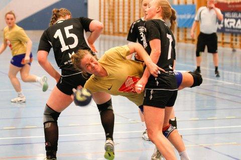 TO KAMPER: Ida Brinchmann Styve og resten av jentene på SIL/MHK skal forsøke å befeste sin gode posisjon på tabellen når de spiller to hjemmekamper i helga.