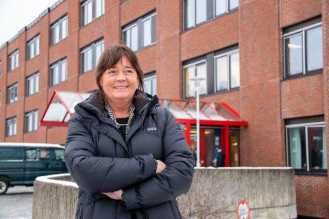 FERSK DIREKTØR: Cecilie Daae har vært administrerende direktør for Helse Nord RHF i knappe fem uker. Nå reiser hun rundt på Helgeland for å bli kjent med Helgelandssykehuset. Senere torsdag går turen til Mosjøen og Mo i Rana.