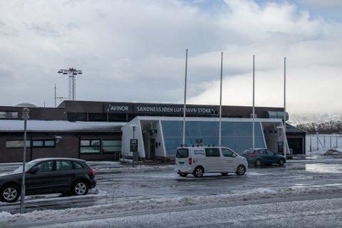 STOKKA: Ankomst og avgangshallen på Stokka holder stengt mellom 10-17 framover.