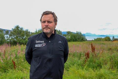 ENGASJERT: John André Selnes er leder for Støttegruppen for Sandnessjøen sykehus og er Venstre-politiker i Alstahaug.