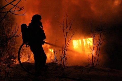 Brannvesenet gjennomfører i dag onsdag opplæring på brannmannskapene, og man kan derfor møte en brannbil i full utrykning.