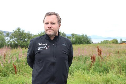 BYTTER JOBB: Etter 16 år på Sandnessjøen ungdomsskole går John Andre Selnes over til en jobb som forsikringsrådgiver. Bildet er tatt ved en tidligere anledning.