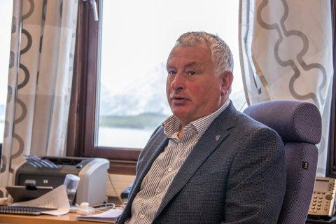 ALSTAHAUG-ORDFØRER: Peter Talseth, her avbildet på kontoret på rådhuset i Sandnessjøeen ved en tidligere anledning.