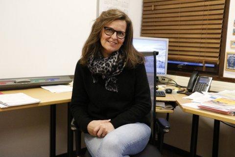 TILTAK, SAMARBEID OG DIALOG: Kommunalsjef for helse, Connie Pettersen, sier at Sandnessjøen ungdomsskole er i full gang med tiltak som skal bedre mobbeproblematikken. - Men dette krever samarbeid og da må vi ha en dialog med foreldrene.