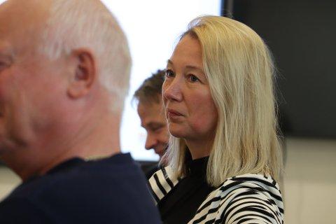 Varaordfører Hanne Benedikte Wiig (Rødt) har vært frikjøptfra sin jobb som lærer ved Sandnessjøen videregående skole for å jobbe som varaordfører i 40 prosent stilling. Hun har nå fått ny lederjobb, som gjør at frikjøp som varaordfører ikke vil være mulig fra høsten.