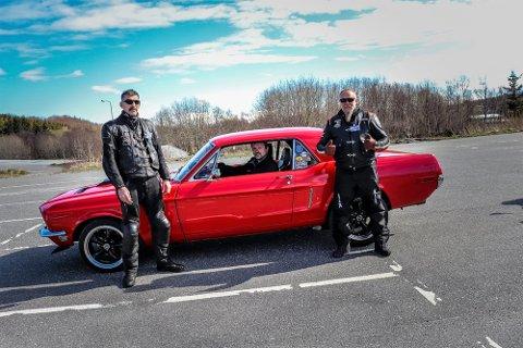 Leder av MC Sandnessjøen, Muhammad Tunisi (t.v.) og leder av Thorsmen, Guttorm Storheil (t.h.) er glad for å kunne si at det også i år blir motorsykkelkortesje på selveste 17. mai. - Vi ønsker å spre glede til innbyggerne.