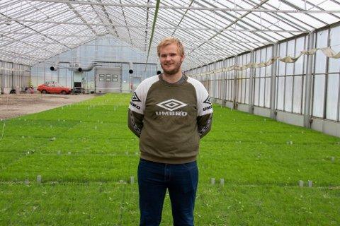 PLANTESKOLEN: Bjørn Borgan er daglig leder på Alstahaug Planteskole, kun én av få gjenværende planteskoler i Norge.