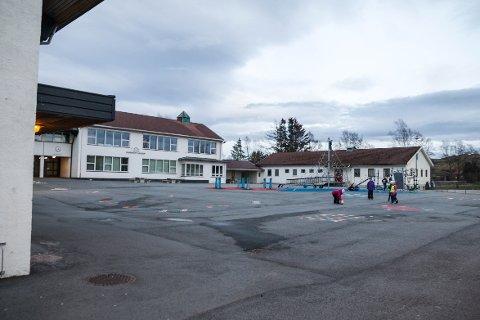 ØDELEGGE: Kronikkforfatteren frykter at nedleggelse av ungdomstrinnet ved Undheim skule vil ødelegge for livet i hele bygda.