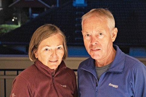 TETT PÅ: Frå loftstua såg Monica og Torgjer Kleppe rett ned på det brennande nabohuset.