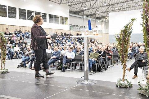 BOLLESTAD PÅ PLASS: For andre år på rad var Olaug Bollestad på Varhaug som landbruksminister. I salen satt rundt 600 og fulgte godt med på det som ble sagt.