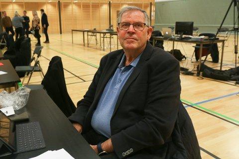 VIL SJEKKA: Ragnvald Riis sende to saker frå Hå kommunestyre vidare til lovlegkontorll hjå Fylkesmannen i Rogaland.