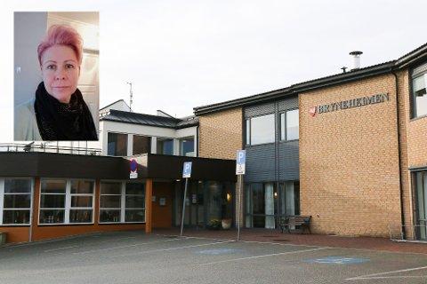 PÅRØRANDE: Helga Øglænd har faren sin på avdelinga på Bryneheimen som er råka av korona-restriksjonar etter at ein tilsett fekk påvist smitte.