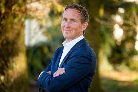 FERIE FRA NY JOBB: Geir Magne Tjåland (39) begynte i april som administrerende banksjef i Jæren Sparebank. I sommerferien skal han nyte late dager.