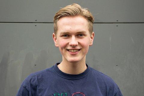 STORE MÅL: Sondre Undheim Lokøy er ferdig med to år som leiar i Elevorganisasjonen i Rogaland. 18-åringen har sett seg store mål for framtida.