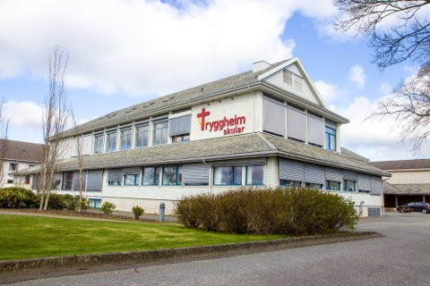 SMITTE: To elevar ved Tryggheim vgs har testa positivt for covid-19.