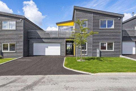 DYREST: Dette visningshuset i utbyggingsfeltet Orstad Utsyn, ble omsatt for 6,9 millioner kroner i mars.