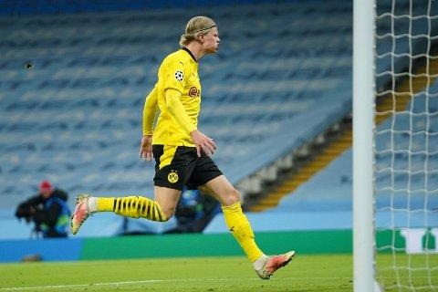 CHAMPIONS LEAGUE: Erling Braut Haaland måtte gå målløs av banen i det første oppgjøret mot Manchester City.