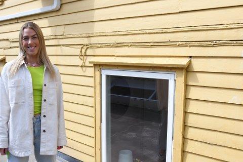 Trude Larsen fra Klepp synes at det er stas at bygningen har et gammelt preg.