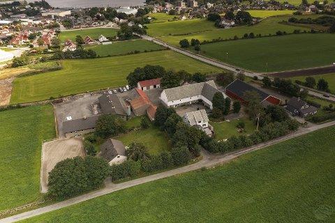HØY PRISKLASSE: Denne eiendommen som ligger mellom Klepp sentrum og Klepp stasjon, har en prisantydning på 11,9 millioner kroner.