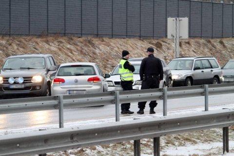 Nødetatene fikk nok å gjøre da meldingen om ulykken kom. Heldigvis skal ingen personer ha blitt skadet.