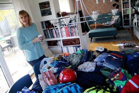 BLIR LIGGENDE: Hanne Onsvåg vil gjerne hjelpe lokale barnefamilier med klær og annet, men kontakten uteblir.