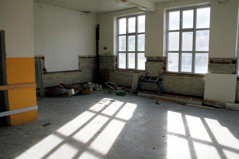STRIPPET: Indre deler av bygget er for lengst rensket og klargjort for ombygging.