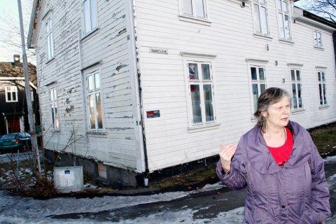 – RIV NED SKRAMMELET: Thove Bringaker vil at beboerne på Minde og andre vanskeligstilte på boligmarkedet skal skaffes et skikkelig sted å bo. Gjerne nettopp her.