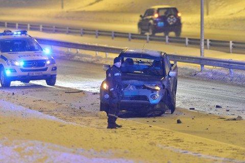 Den ene bilen fikk seg en kraftig smell i ulykken torsdag kveld.