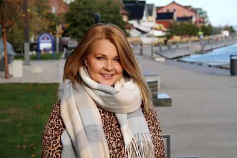SATSER: Anette Stenstrøm står bak AJ Boligstyling, en av Holmestrands nyeste bedrifter.