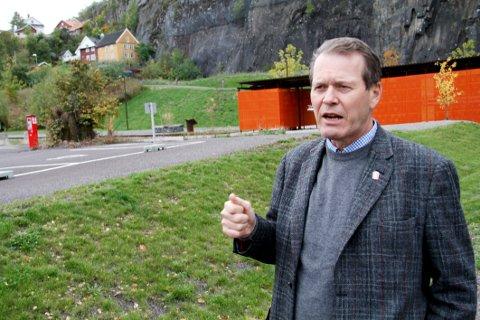 PÅ OFFENSIVEN: Ordfører Alf Johan Svele tar opp kampen om å få nye Vestfold tingrett til Holmestrand. Stasjonsområdet er en aktuell beliggenhet.