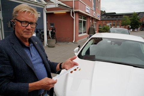 SURT: Arnstein Aas opplevde å få parkeringsbot, til tross for at han betalte med app på samme måte som alle andre dager.