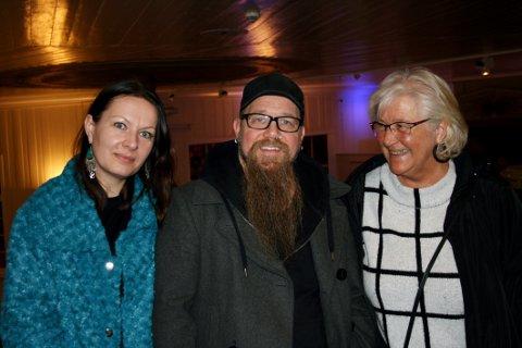 FORNØYDE: Kjerstin Eek Jensen (fra venstre), Tor Baklund og Liv Baklund hadde flust av lovord å si om konserten.