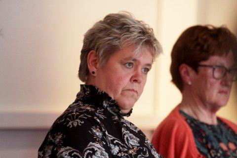Det var en meget alvorlig og engasjert Mette Måge Olsen som forlangte at man så på mulighetene for å få arbeidsplasser inn i Herredshuset.