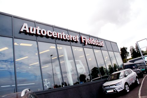 Autocenteret Fjeldstad har ingen grunn til å henge med geipen over regnskapsbøkene om dagen.