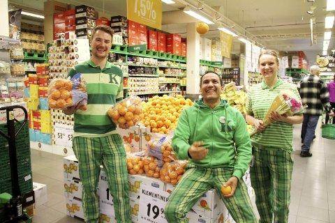 Matsvinn ned: Butikksjegf Neffati Abderrazaki ved Kiwi, og medarbeidere. Illustrasjonsfoto