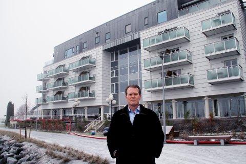 SKEPTISK:  Dersom det blir spørsmål om å disponere rommene på en måte som ikke er forenlig med hotelldrift, så er jeg noe skeptisk til det, fastslår ordfører Alf Johan Svele.