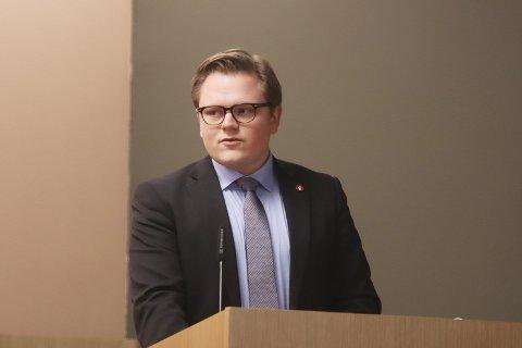 - Vi må innføre fritt BPA-valg, foreslår Jørgen Elstad (Frp). Forslaget fikk bred støtte og ble vedtatt.