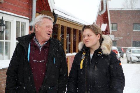 TROR PÅ INDIVIDET: Egil Olaussen (til venstre) og Jørgen Elstad i nye Holmestrand FrP mener den enkelte bør ha mer å si for når en vil hjem fra byen.