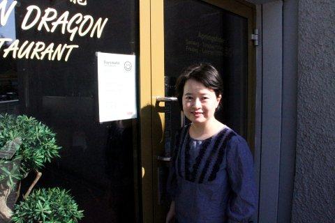 KAN SMILE: Candy Xie ved Golden Dragon har styr på rutinene.