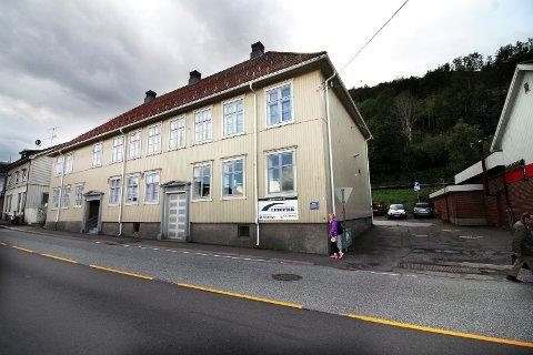 Kommunens psykososiale kriseteam kan treffes i Backergården i Holmestrand sentrum.
